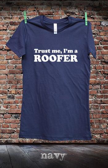 koszulka damska TRUST ME I'M A ROOFER kolor navy