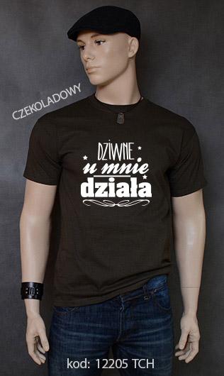koszulka męska DZIWNE U MNIE DZIAŁA kolor czekoladowy